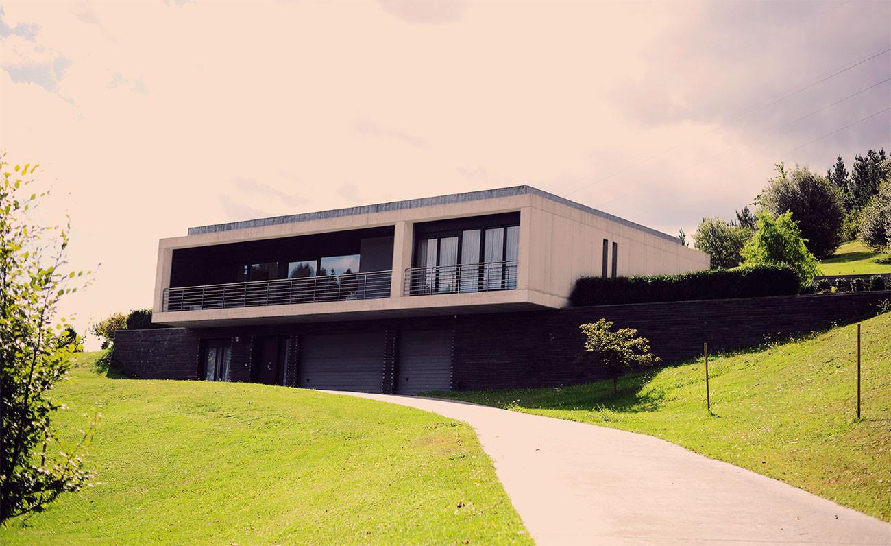 bilmendi-fachada-moderno-minimalista