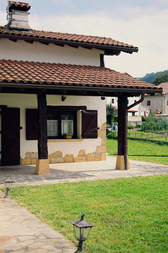 Fachada exterior, casa rural