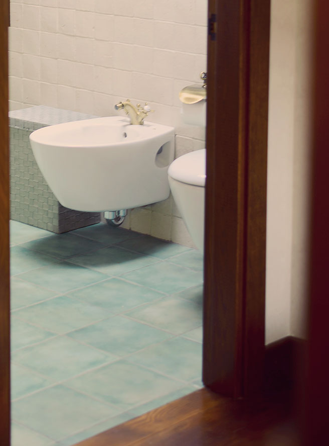 WC flotante, estilo rústico
