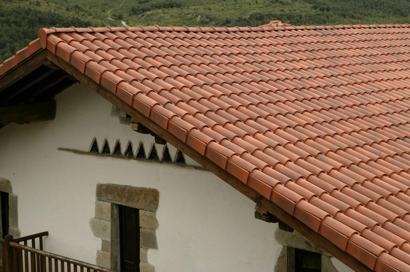 Detalle tejado finalizado